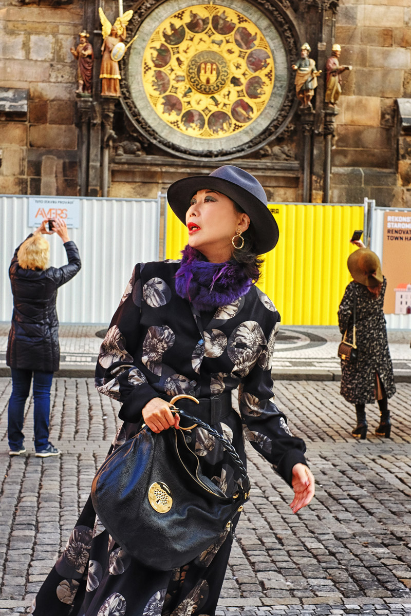 White Caviar Life Prague spring fashion story took place in front of the Prague astronomical clock.