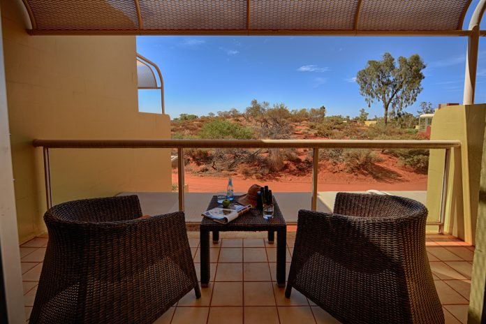Sails in the Desert's Superior Room reviews.