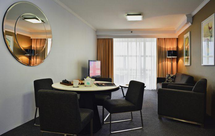 Meriton Suites Bondi Junction reviews by White Caviar Life.