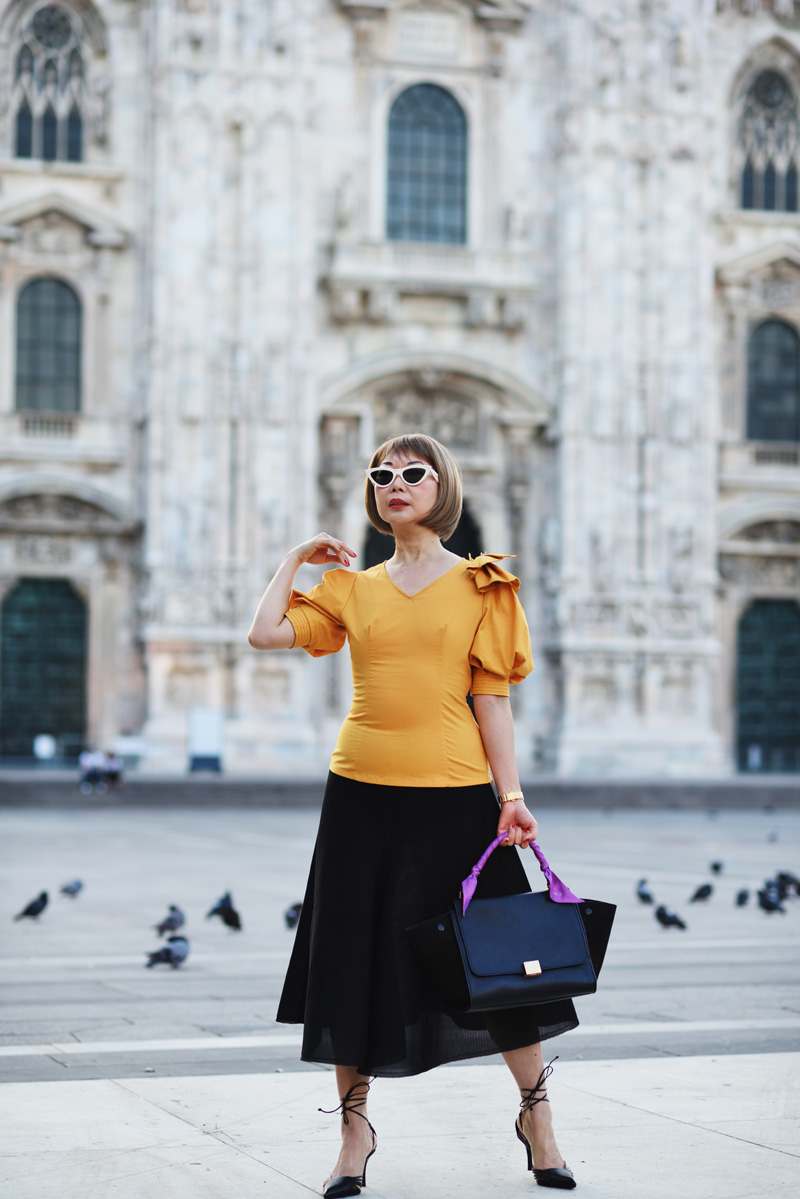 White Caviar Life Milan fashion shoot on location at Duomo di Milano (Milan Duomo).