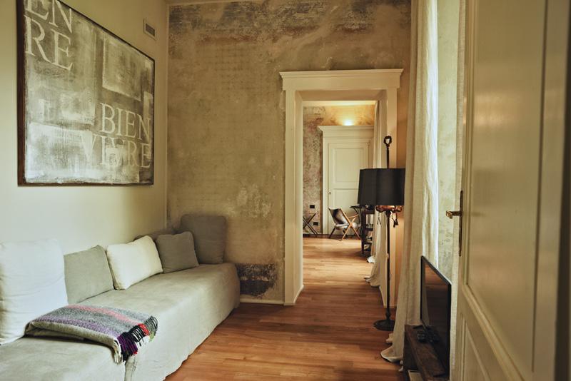 Palazzo Albricci Peregrini hotel review by White Caviar Life.