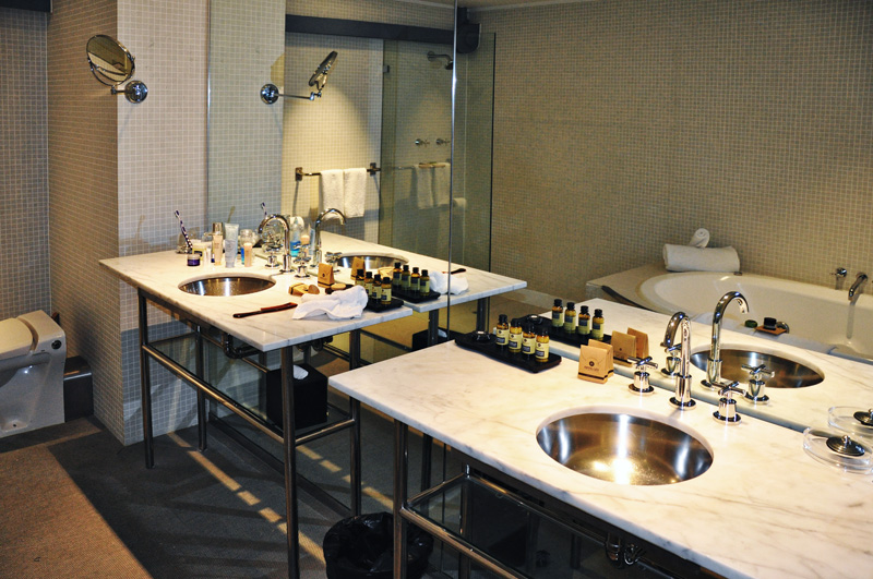 Pier One Sydney Harbour, Autograph Collection hotel reviews by White Caviar Life.