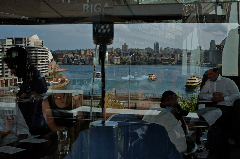 Cafe Sydney food reviews. COVID-19 Safe dining experience. The best restaurant with a harbour view in Sydney.